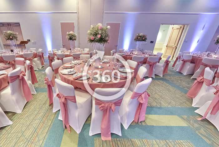 Virtual Tour of Wedding Table Arrangement